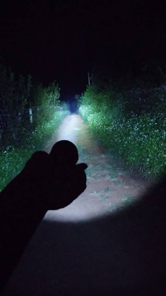 Đèn Pin Siêu Sáng T6 Chiếu Xa 300m