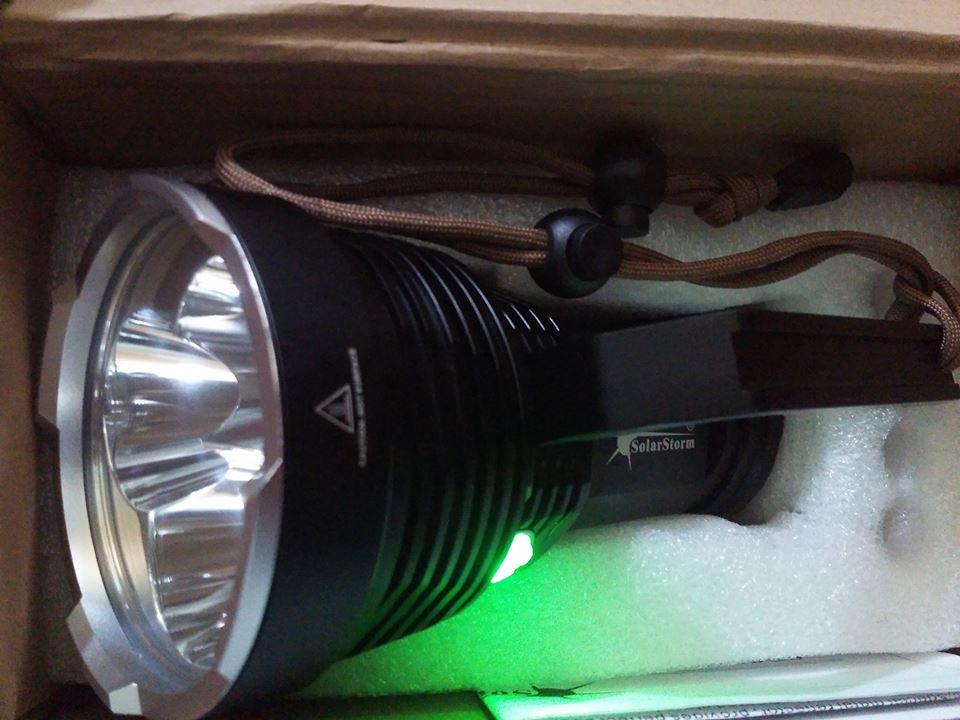 Đèn pin Solarstorm SP03 Chiếu Xa 780m